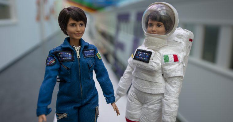 Barbi astronautkinja: Podsetnik devojčicama da mogu da sanjaju zvezde